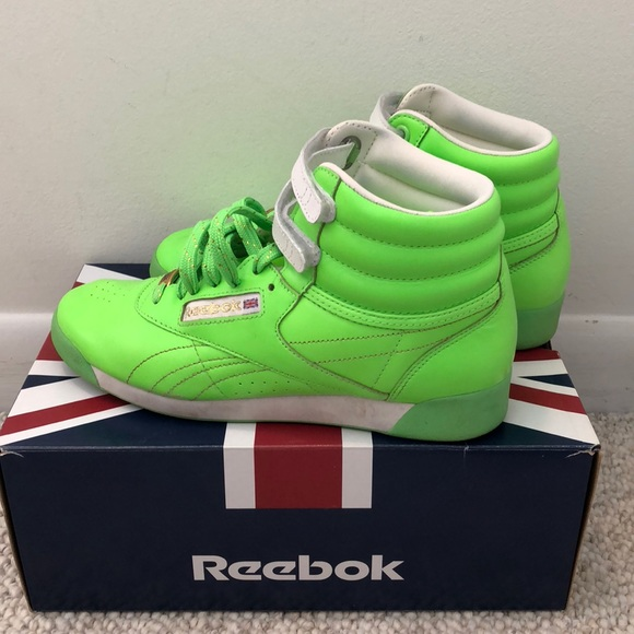 Reebok Women s F S Hi Brights in neon green. M 5bc4e47ea5d7c6ac11c2cad3 33890ce1b